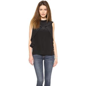Блуза в ансамбле с джинсами