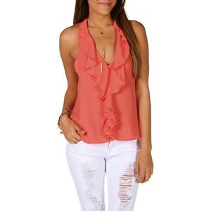 Блуза с обоками на груди