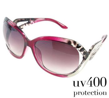 Женские очки с яркой оправой и линзами