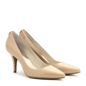 Туфли цвета nude